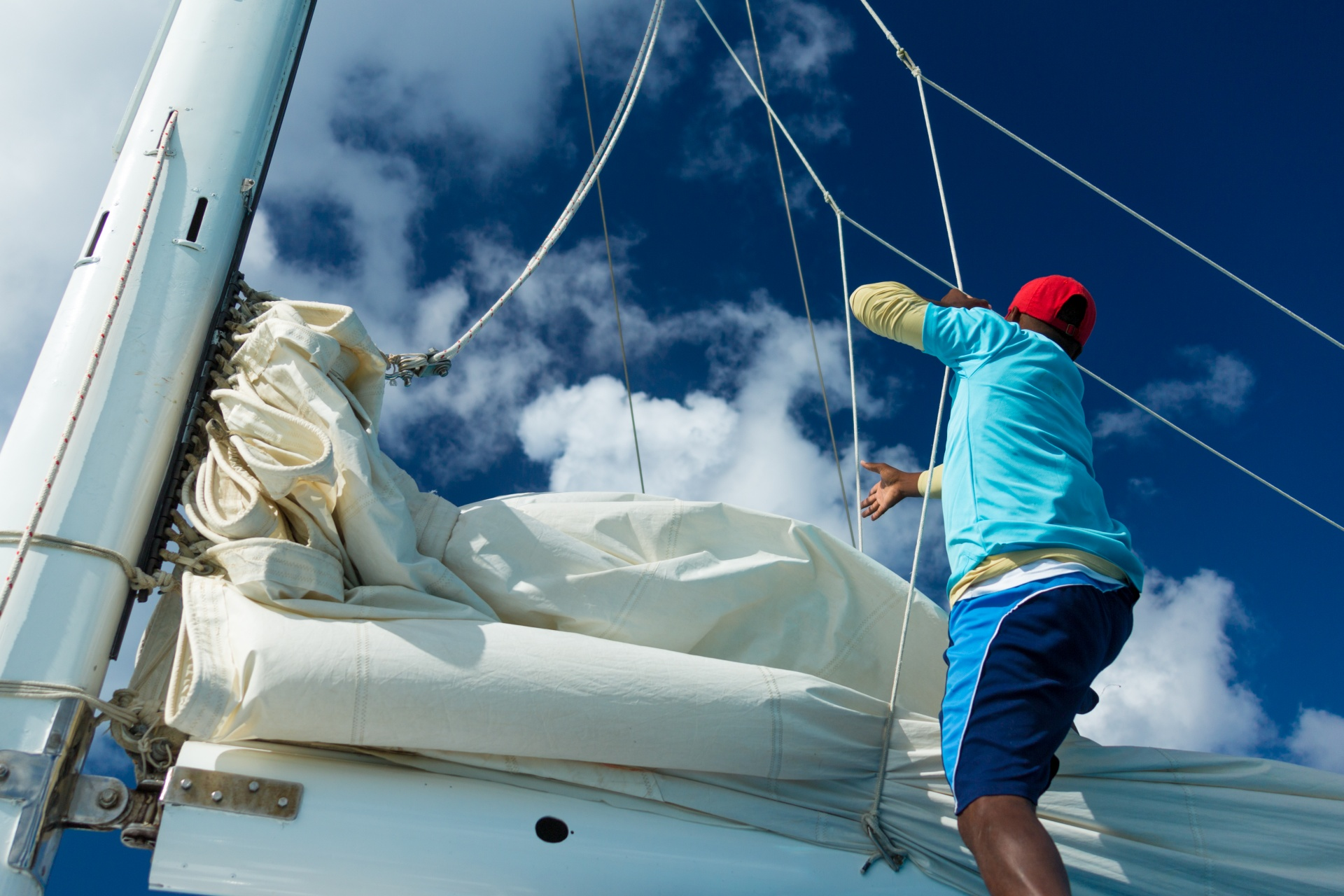 hoisting the sail 1583837283F2D